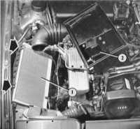 6.1 Снятие сменного элемента воздушного фильтра Audi 80