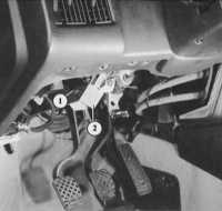 17.1 Проверка указателей поворота и аварийной световой сигнализации