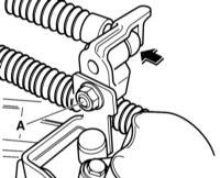 8.4 Регулировка привода переключения Audi A3