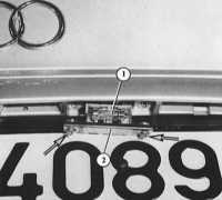 17.9 Фонари освещения номерного знака Audi A4