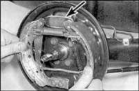 10.7 Тормозные колодки задних тормозов Audi A6