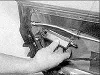12.11 Ручка двери и элементы замка Audi A6