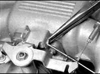 6.16 Трос привода дроссельной заслонки BMW 3 (E30)