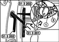 13.23 Снятие и установка наружной ручки двери BMW 5 (E39)