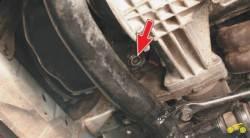 4.6 Замена масла в двигателе и масляного фильтра Chevrolet Niva
