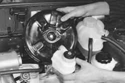 Замена вакуумного усилителя тормозов daewoo Замена приводного ремня фиеста