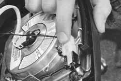 11.14.3 Снятие и установка подушки безопасности водителя Daewoo Lanos