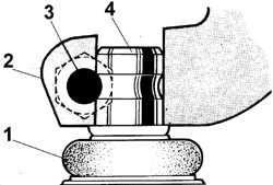 10.2.3 Снятие и установка шаровой опоры