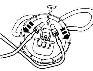 5.9 Снятие и установка топливного насоса на автомобиле с бензиновым двигателем