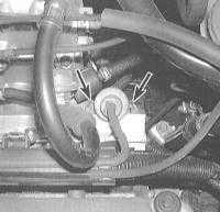 5.13 Снятие и установка регулятора давления топлива