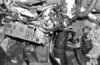 14.8 Проверка исправности функционирования и замена выключателя зажигания и замка блокировки рулевой колонки