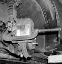 11.3 Замена тормозных колодок дисковых тормозных механизмов