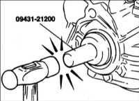 9.1.4 Замена масляного уплотнительногокольца приводного вала Hyundai Accent