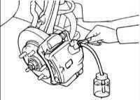 16.4 Прокачка гидравлической системы привода тормозов Hyundai Elantra