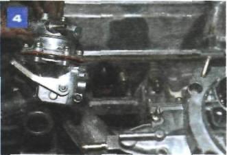 Снятие топливного насоса на автомобиле с двигателем УМПО-331