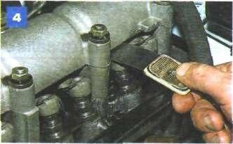 Проверка и регулировка тепловых зазоров в приводе клапанов