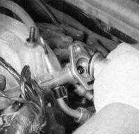 7.14 Проверка исправности и замена регулятора давления  топлива Jeep Grand Cherokee