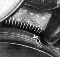 3.3 Приведение в положение ВМТ такта сжатия поршня первого цилиндра Jeep Grand Cherokee