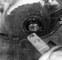 3.9 Замена переднего сальника коленчатого вала Jeep Grand Cherokee