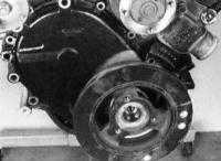3.10 Проверка состояния, снятие и установка крышки распределительной цепи, цепи и ее звездочек Jeep Grand Cherokee
