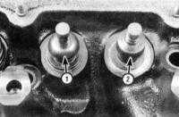 4.6 Замена клапанных пружин, их тарелок и маслоотражательных колпачков