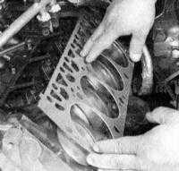 4.9 Снятие и установка головок цилиндров