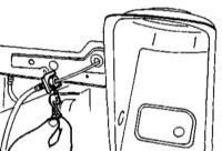 10.11 Снятие и установка гибких тормозных шлангов гидравлического тракта тормозных механизмов передних колес