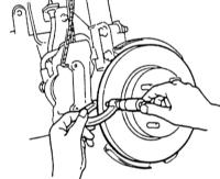 13.4 Проверка толщины/бокового биения тормозного диска