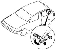17.8  Задние поворотные стекла (на 3-дверных моделях)