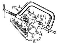 2.13 Снятие и установка клапанов