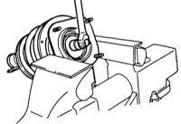 12.3 Разборка амортизационной стойки/снятие и установка амортизатора/винтовой пружины