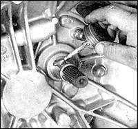 8.3.4 Выжимной подшипник и вилка выжимного подшипника Mazda 626