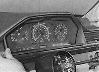 26.11 Комбинация приборов Mercedes-Benz W124