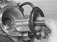 10.9.5 Замена элементов карбюратора Mercedes-Benz W124