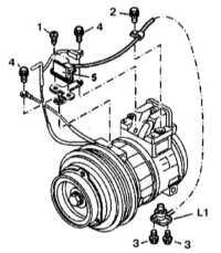 13.25 Снятие и установка датчика оборотов компрессора кондиционера (модели   по 31.08.95 г. вып.)