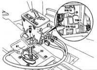 8.20 Снятие и установка рычага селектора переключения передач