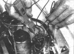 7.8 Катушка зажигания - проверка и замена Mitsubishi Colt