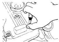 2.5 Золотник вентиляции картера (бензиновые двигатели) Mitsubishi Pajero