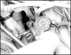 3.4.9 Проверка компрессии в цилиндрах двигателей