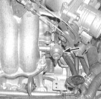 6.14 Снятие и установка регулятора давления топлива