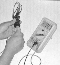 8.15 Проверка состояния и замена датчика скорости движения автомобиля (VSS)