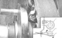 11.6 Замена башмаков барабанных тормозных механизмов задних колес