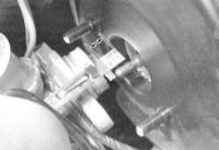 11.12 Проверка исправности функционирования/герметичности, замена и регулировка вакуумного усилителя тормозов