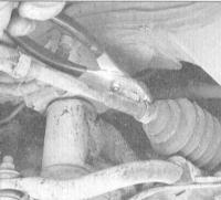 12.16 Замена защитных чехлов сборки рулевого механизма