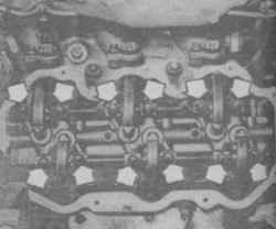 4.5 Валик с коромыслами -снятие и установка