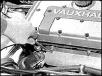 6.26 Передняя секция выхлопной системы (модели DOHC)