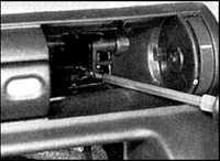 12.55 Центральная панель отделки панели приборов