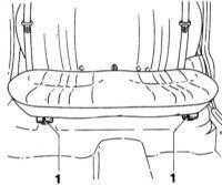 13.34 Снятие и установка заднего сиденья