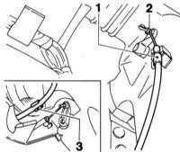 5.4.4 Снятие и установка тяг привода заслонок отопителя