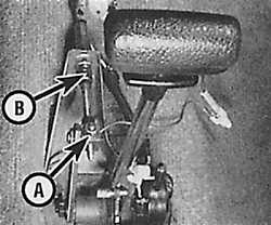 10.2.3 Снятие, установка и регулировка троса выбора передач